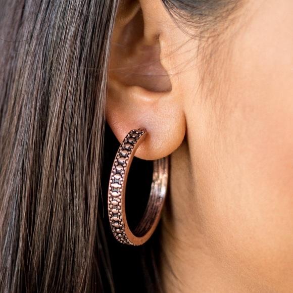 paparazzi Jewelry - ❤️Copper Hoops